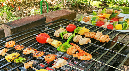 This bucolic photo can be yours if you follow our 6 TIPS FOR A HEALTHY OUTDOOR COOKING SEASON