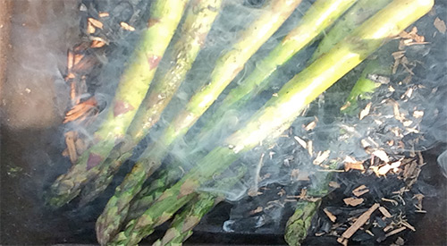 EMBER FIRED ASPARAGUS ON THE HIBACHI IS A PERFECT WAY TO ADD A GRILLING FLAVOR!